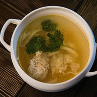 Домашняя суп-лапша с фрикадельками Фото