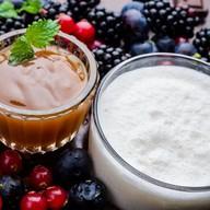 Карамельный молочный коктейль Фото