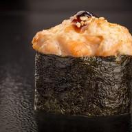 Запеченный суши Фото