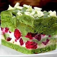 Фисташковый торт с малиной Фото