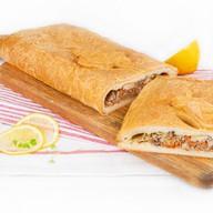Пирог с капустой и рыбой (слоеный) Фото