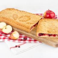 Пирог с яблоками,клюквой сдобно-песочный Фото