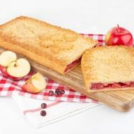 С яблоками и брусникой (сдобно-песочный) Фото