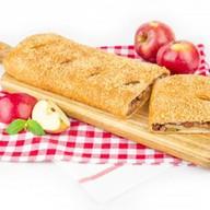 Штрудель яблочный с изюмом (слоеный) Фото
