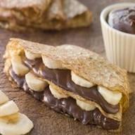 Блин с бананом и шоколадом Фото