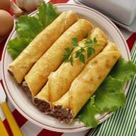 Блин с мясом и овощами Фото