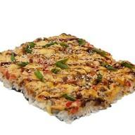 Японская пицца с креветкой Фото
