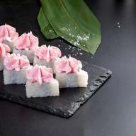Сливочный лосось тобико Фото