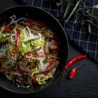 Фунчоза с говядиной,овощами (острая) Фото