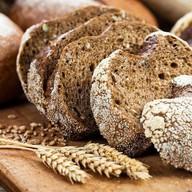 Хлеб черный солодовый Фото