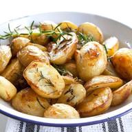Мини картофель запеченный с травами Фото