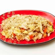 Удон с курицей,овощами,пряно-соевый соус Фото