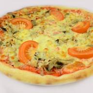Пикантная пицца Фото