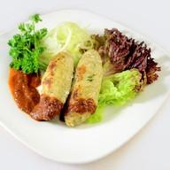Люля-кебаб из курицы с соусом Фото