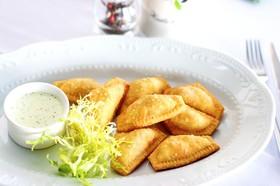 Равиоли фри с курицей и соусом тар-тар - Фото