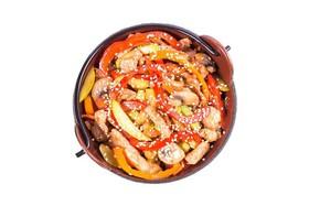 Удон со свининой в соусе манго-чили - Фото