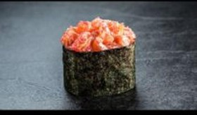 Спайс-суши с лососем - Фото