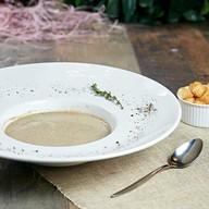 Крем-суп грибной с гренками Фото