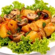 Картошка с грибами Фото