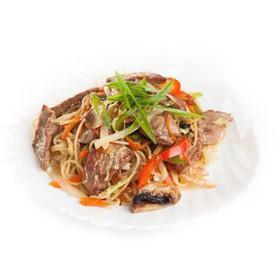 Говядина в тайском соусе с гарниром - Фото