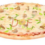 Пицца с жульеном Фото