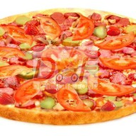 Пицца с охотничьими колбасками Фото