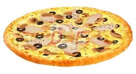 Пицца с курицей и грибами - Фото