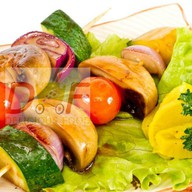 Барбекю с овощами и грибами Фото