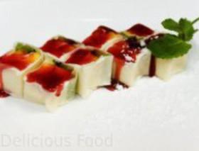 Десертный ролл с киви и манго - Фото