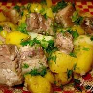 Жаренный картофель с мясом Фото