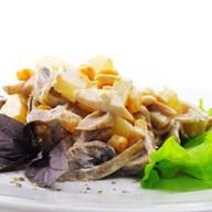 Жаренный сельдерей с арахисом Фото