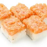 Бокс суши спайси сяке Фото