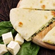 Осетинский пирог с сыром и шпинатом Фото