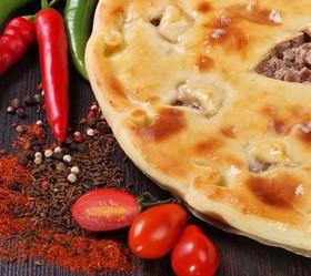 Осетинский пирог с телятиной и свининой - Фото
