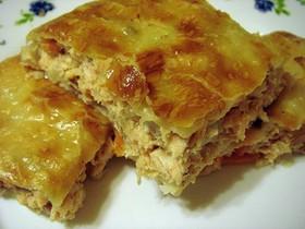 Пирог слоеный с капустой и курицей - Фото