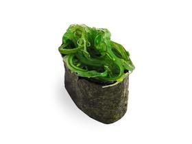 Гункан с чукка салатом - Фото