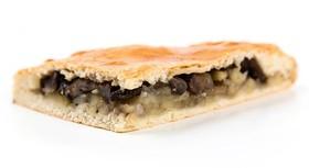 Пирог с грибами и картофелем - Фото