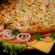 Пицца с лосоcем Фото