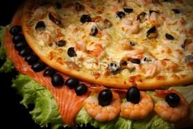 Пицца с морепродуктами - Фото
