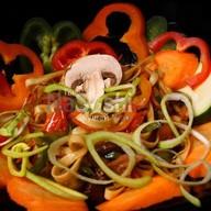 Удон с овощами Фото