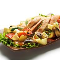 Теппаньяки с куриным филе и овощами Фото