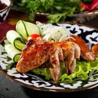 Ароматные куриные крылышки на мангале Фото