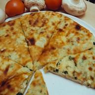 С картофелем, адыгейским сыром и зеленью Фото