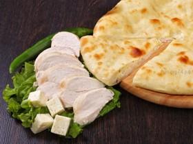 Осетинский пирог с курочкой и сыром - Фото