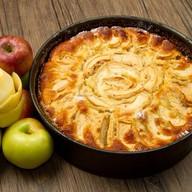 Пирог сдобный с яблоком и корицей Фото