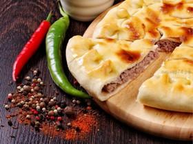 Пирог с телятиной и свининой - Фото