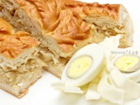 Пирог сдобный с капустой и яйцом - Фото