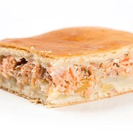 Пирог с рыбой и картофелем Фото