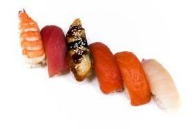 Ассорти из суши - Фото
