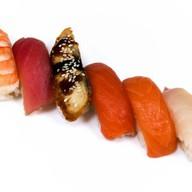 Ассорти из суши Фото